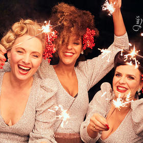 Lous THE COOL CATS - Christmas Kitsch! Tickets